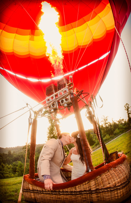 Tether Ride In A Hot Air Balloon Nashville Tennessee Tethered